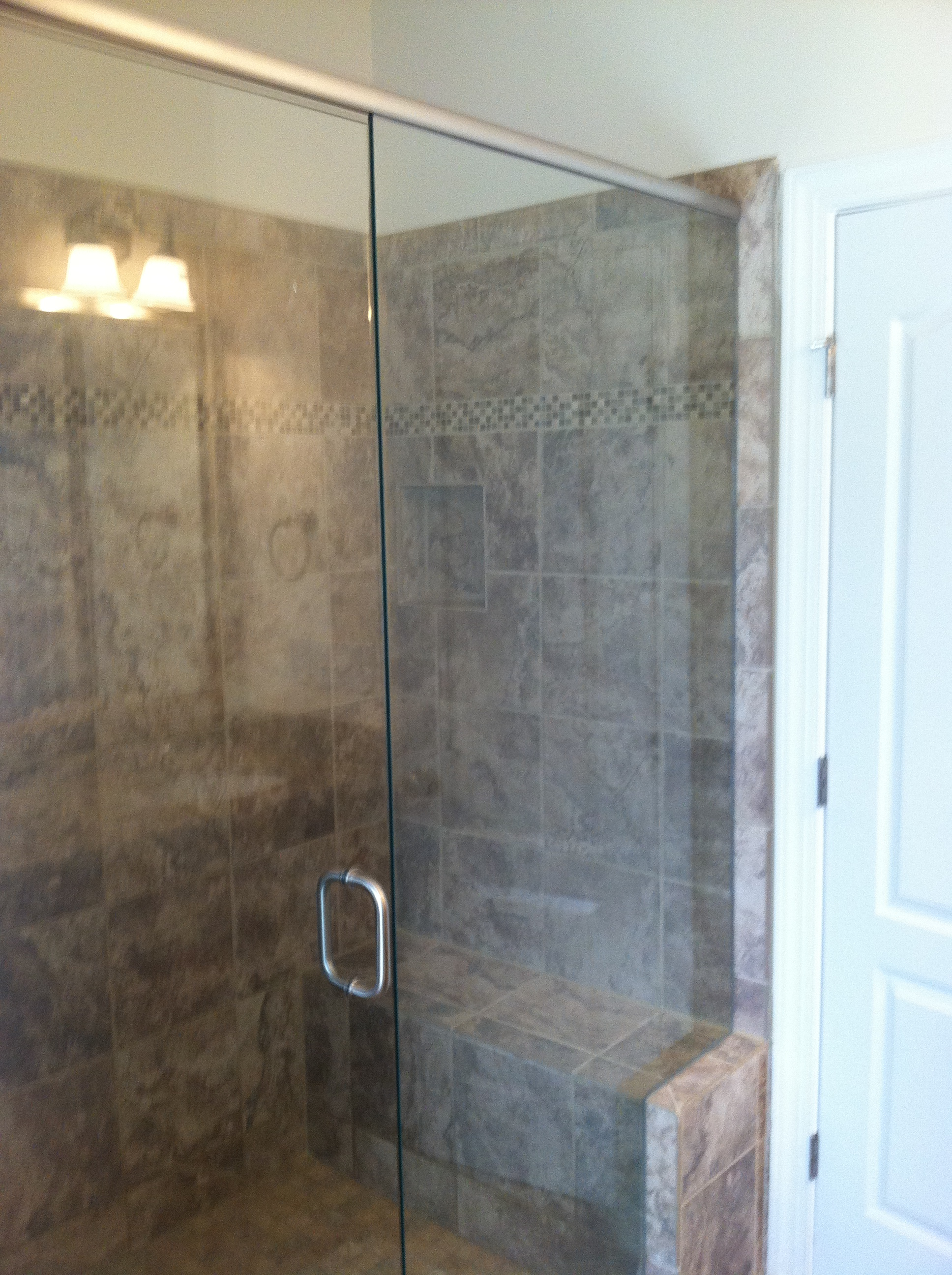 Good Tip For Cleaning Glass Shower Doors